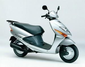 Новые мотоциклы Honda Lead смогут заинтересовать покупателя